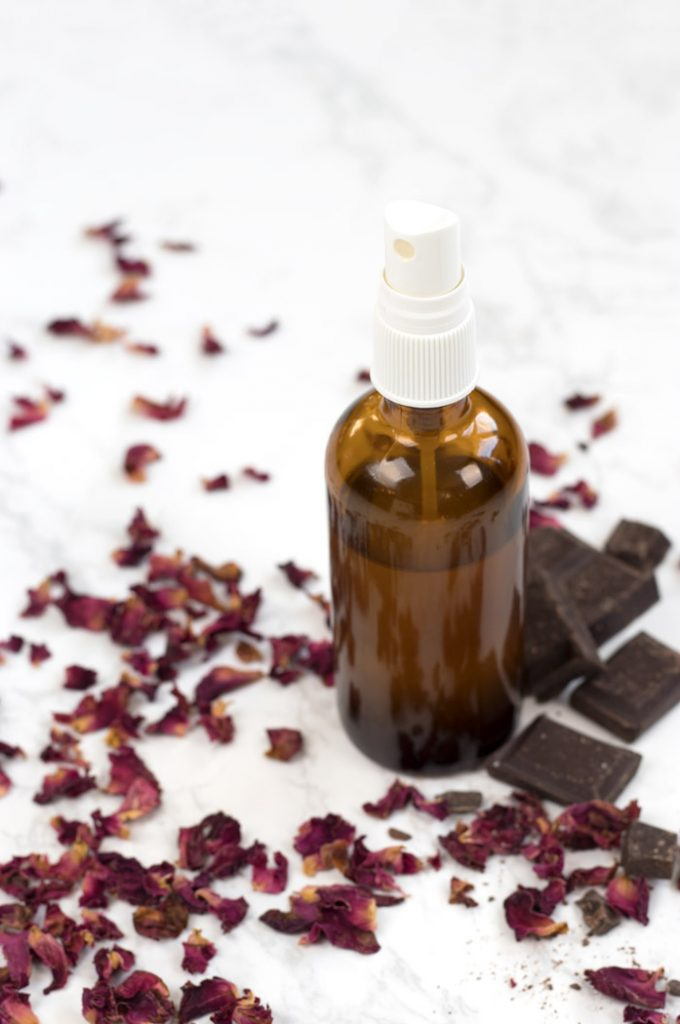 DIY chocolate rose room spray with essential oils